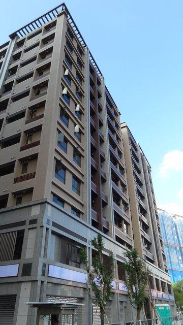 中經南港集合住宅大樓