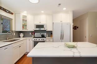 Spoon Bill - Kitchen 2.jpg
