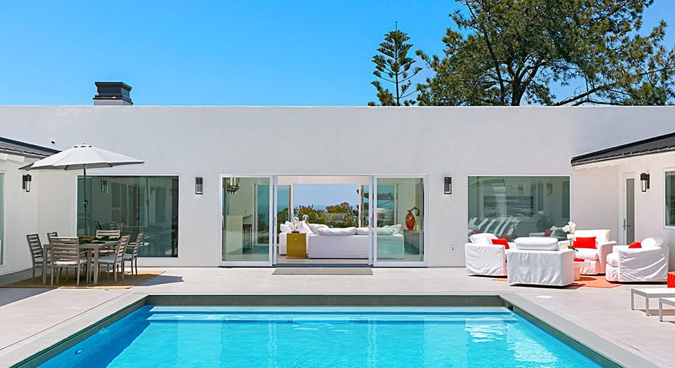 Custom  home pool design