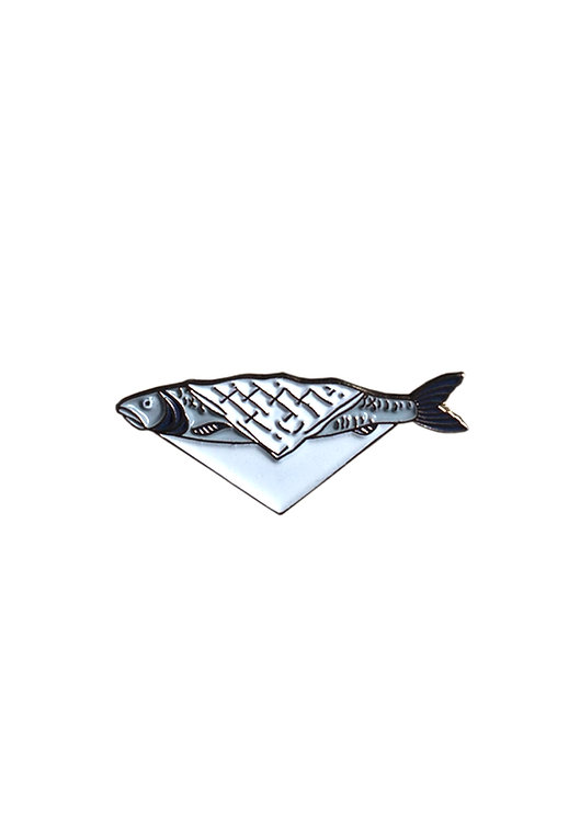 "Enamel Pin ""Fish In Sheets"""