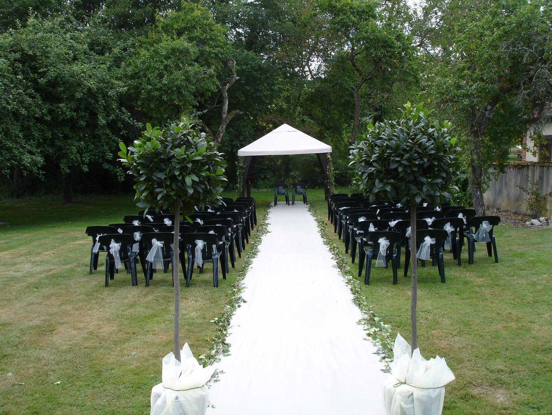 ceremonie-laique-a-la-campagne