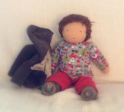 Puppenjunge mit Jacke