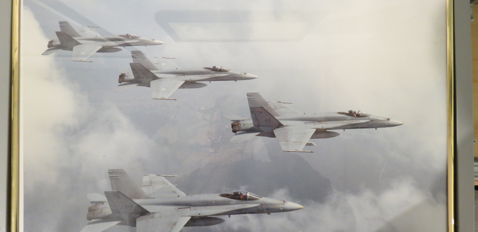 """CF-18s on the way to the Gulf War 1991"""