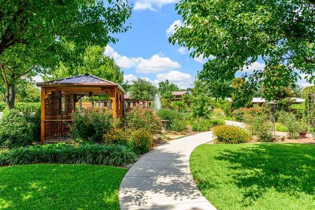 pretty pic of gardens