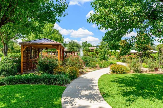 Outdoor Garden Area near Banquet Facility