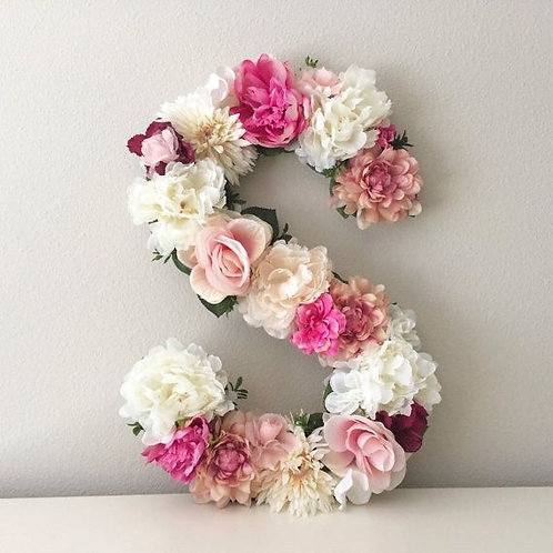 Arranjo Floral em forma de Letras/Números