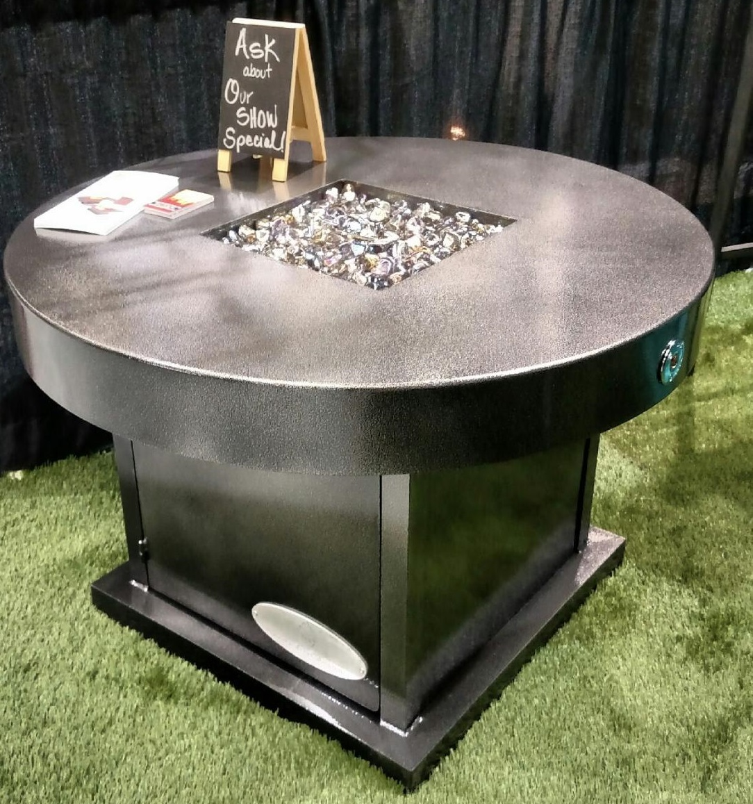 Round Chat Table