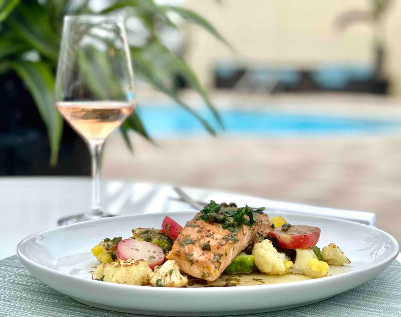 Ambassador Grill, Palm Beach - Salmon and Wine