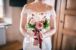 bridal-bouquet-3960220_1920.jpg