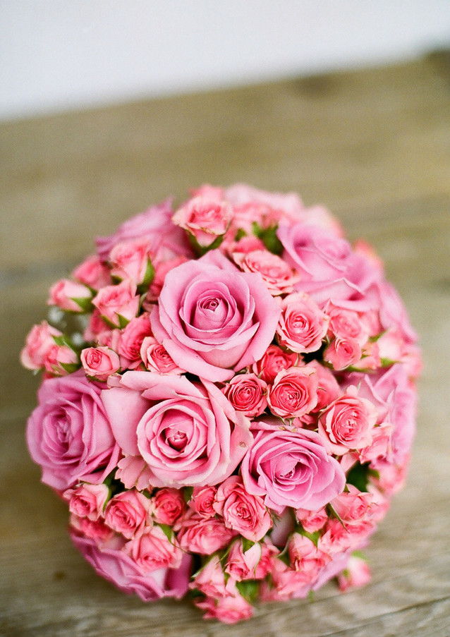 Fellner Blumen Hochzeitsfloristik Brautstrauß rosa