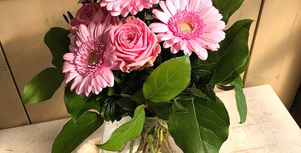 Strauß mit Rosen, Gerbera + Grün