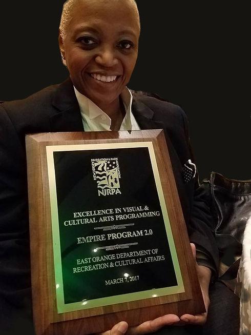 award%202017_edited.jpg