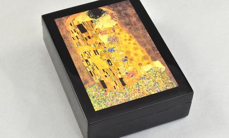 The Kiss- Image Box