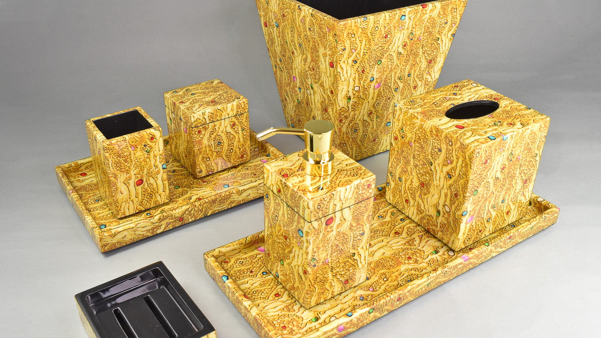 Golden Jewels Bathset.jpg