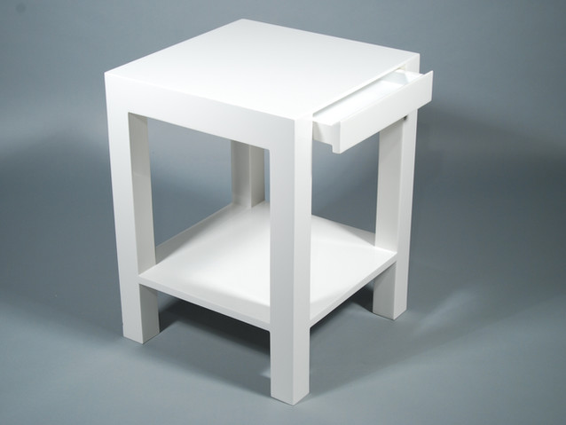 "Lindo Side Table 18""L- White"