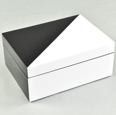 "White ""N"" Black- Medium Box"