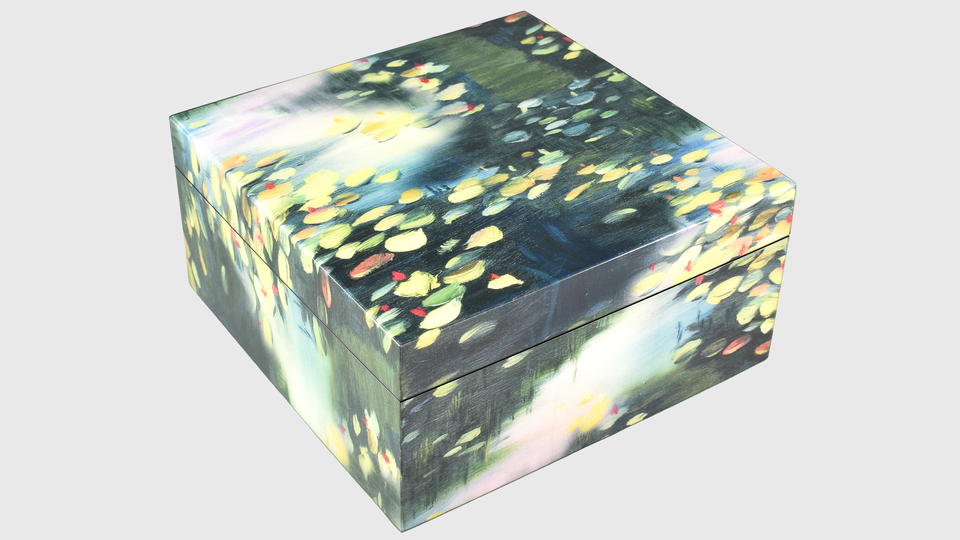 Spring Lillies- Hinged Box