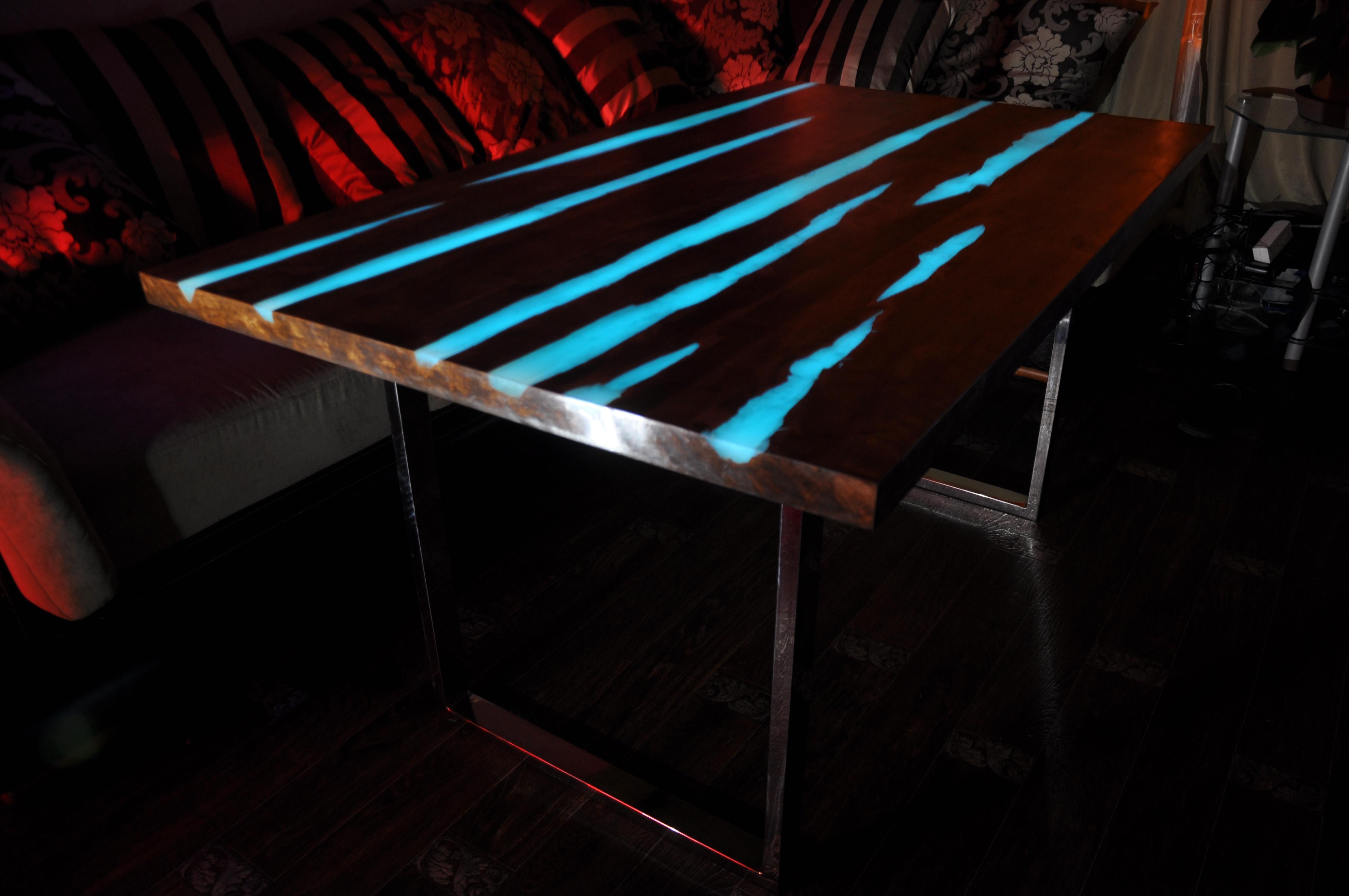 доме маленькие светящийся стол своими руками фото лишним весом