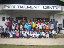 2013 Volunteer Team w/kids
