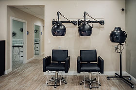 Professional rental facilities for hair stylists in Palmdale CA