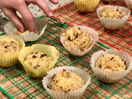 3-Ingredient Banana Protein Muffins... a total MOM WIN!