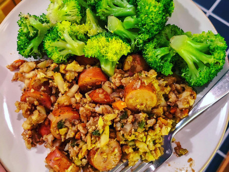 """Cauliflower """"Fried Rice"""" w/ Chicken Sausage"""