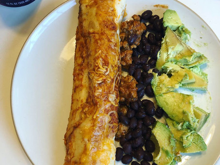 If you like Mexican food, you need to try these easy enchiladas!