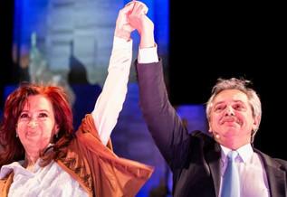 """Macri lo hizo: El retorno de los """"K"""", los miedos y las sombras."""