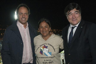 Scioli se comprometió a fortalecer las bases del proyecto kirchnerista instaurado en 2003