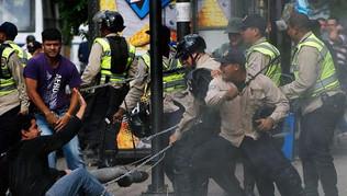 """ARGENTINA CON MADURO: """"EL GOBIERNO BENEFICIA A LOS QUE  COMETIERON CRÍMENES DE LESA HUMANIDAD"""""""