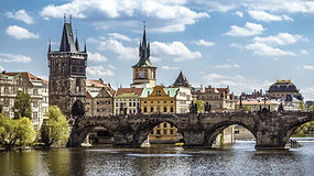 Architectural-Guide-to-Prague-_-Gothic-C