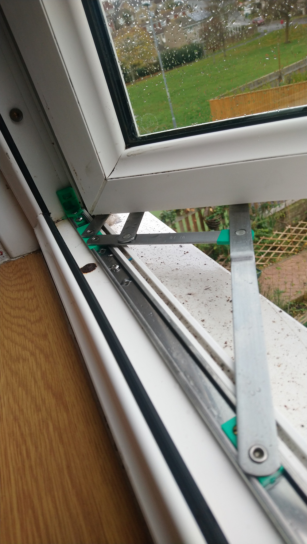 we carry spare replacement hinges for every type of window and can replace them with ease, making your window openings air tight again. Free from insects and spiders and clean