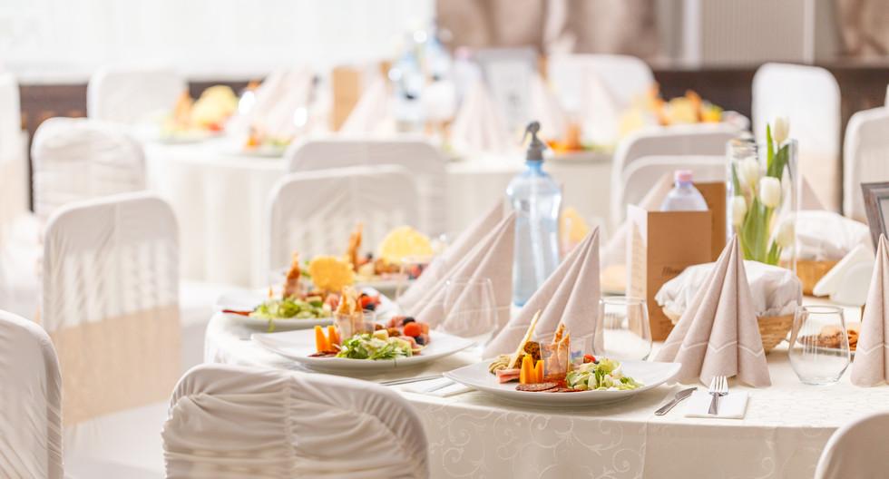 luxury-food-on-wedding-table-PX3DWW5.jpg