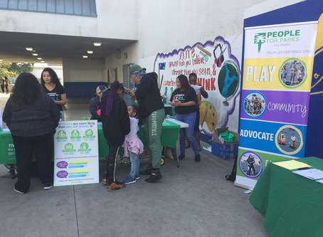 Girl Scouts at 20th St Elementary School