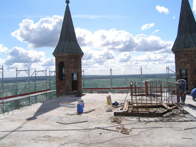 Budowa iglicy katedry św. Jakuba w Szczecinie