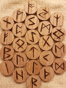 How to... Read Runes