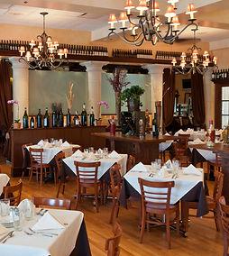 Tuscany Wheeling main dining room