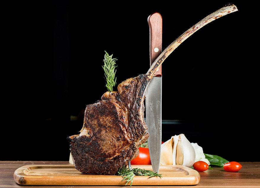 Stefani Prime Tomahawk Steak.jpeg