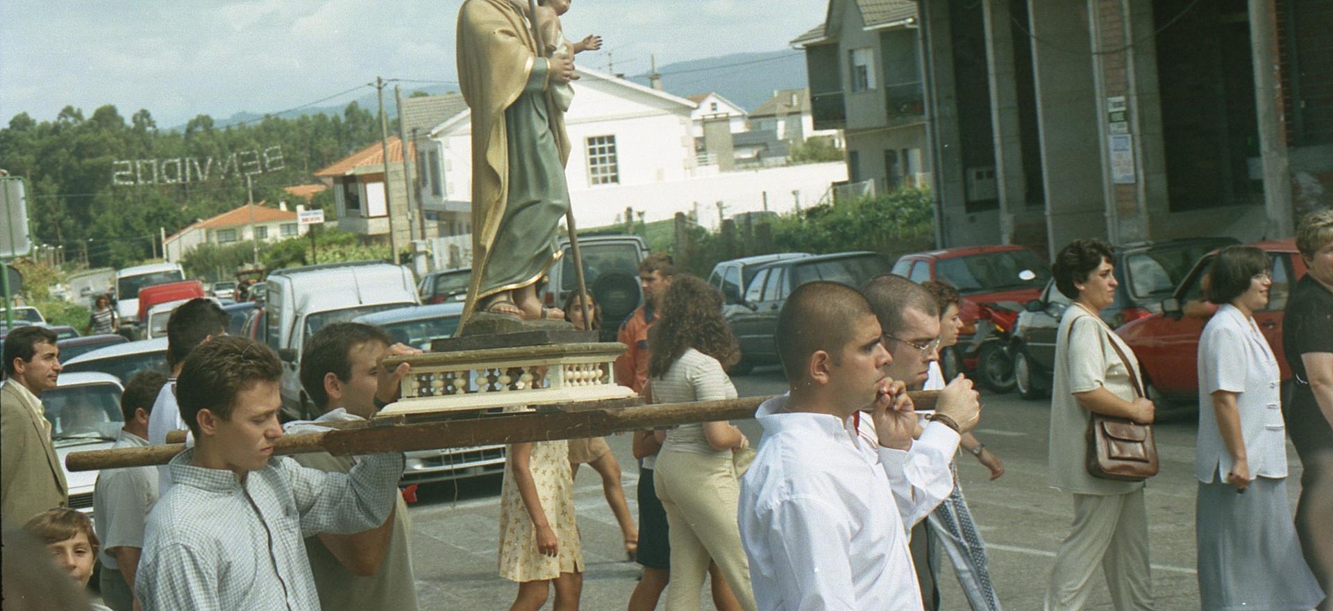 99_09_04_Mozos e mozas de Beluso_010.jpg