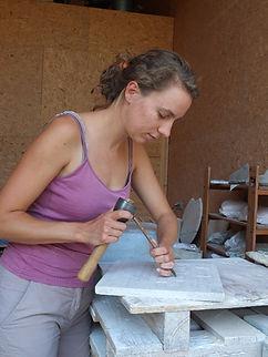 atelier, taille de pierre, stéatite, outils