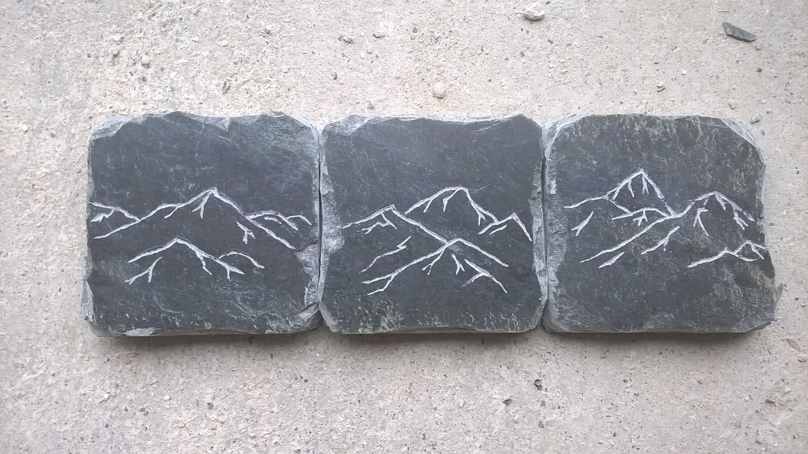 Décors montagne sur ardoises