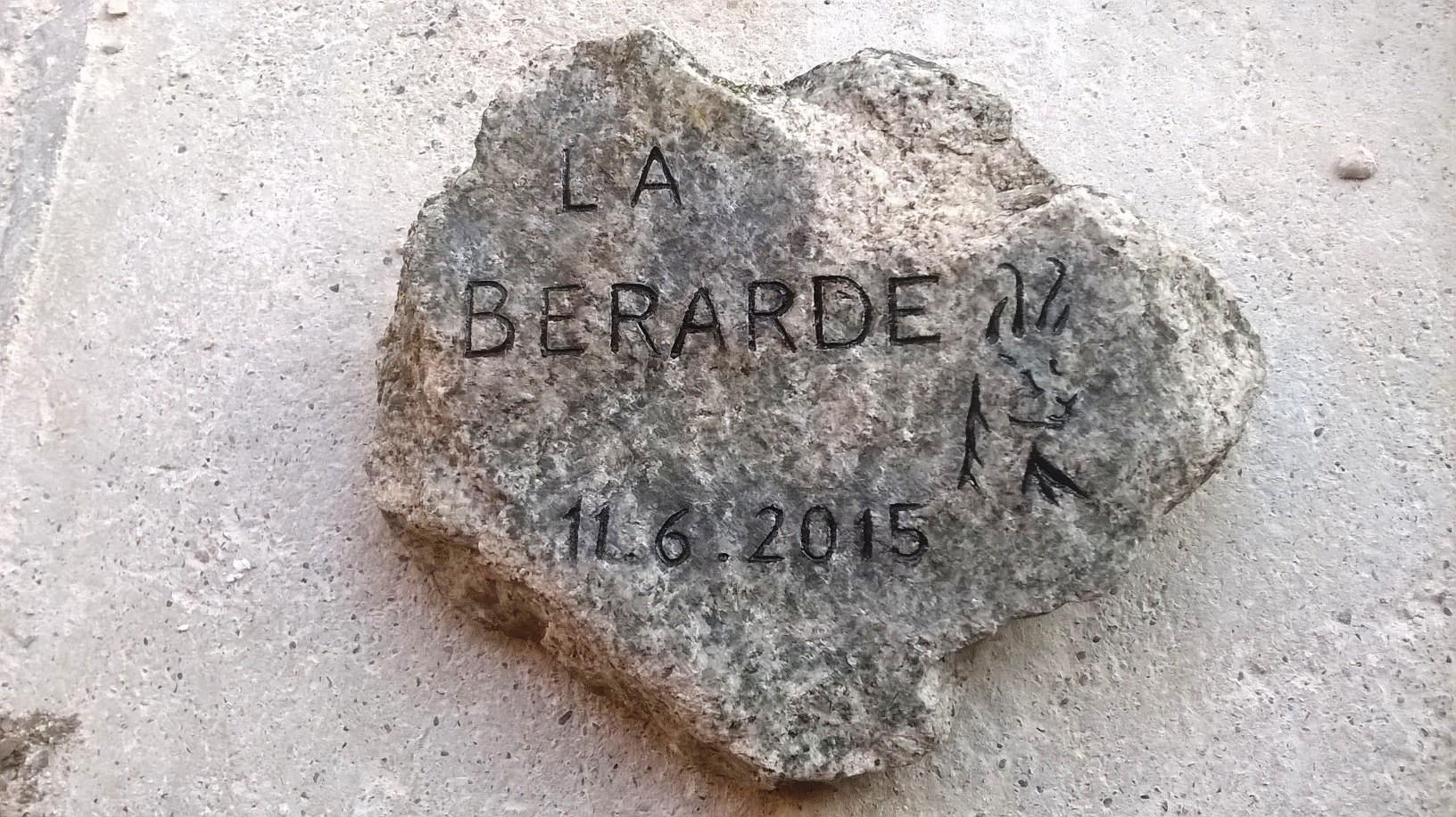 Gravure sur granite non poli
