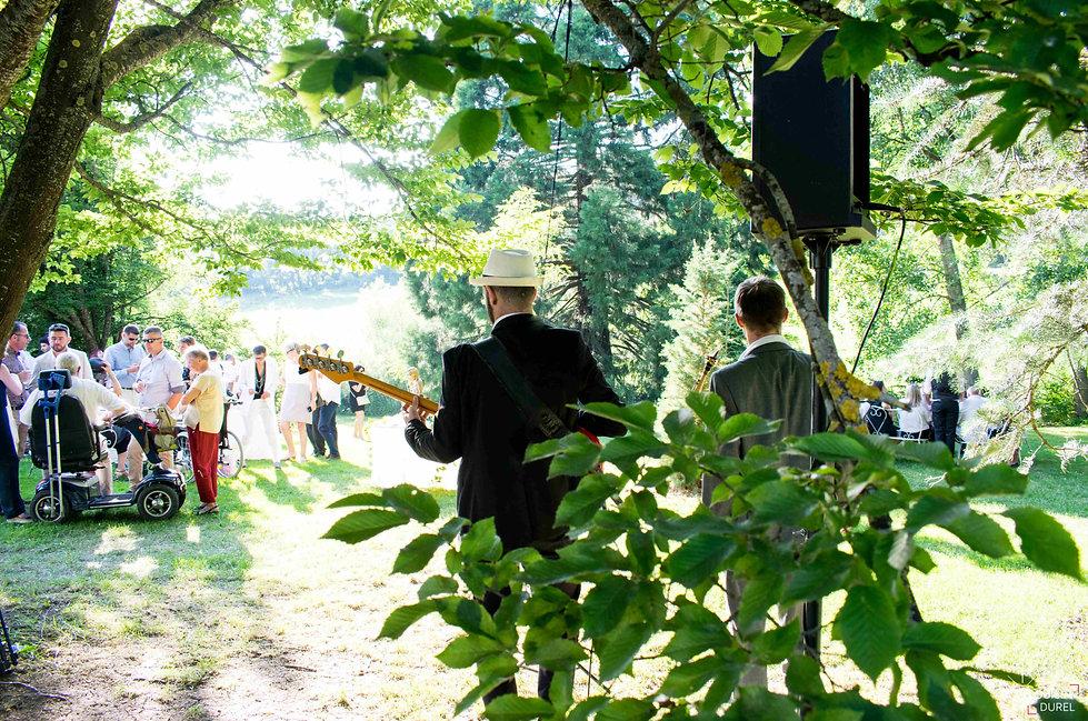 Orchestre de musique jazz vous propose une animation groupe live pour votre mariage, cocktail, soirée d'entreprise. Lyon, Chambery, Annecy, Grenoble, st etienne, Genève, ain, rhône, savoie, isere, haute savoie