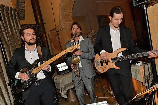 Orchestre de musique jazz propose animation pour votre mariage, cocktail, soirée d'entreprise. Lyon, Chambery, Annecy, Grenoble, st etienne
