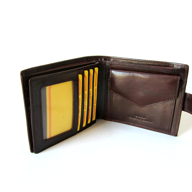 man wallet.MP4