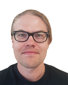 Jukka%20Saarinen_crop_edited.png