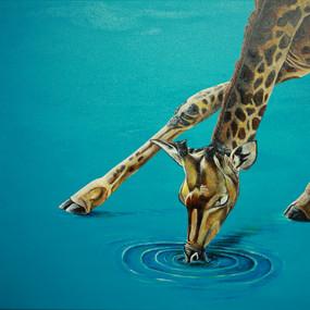 De giraf ziet alles, maar buigt het diepst om te kunnen drinken.  (L. Sileghem).
