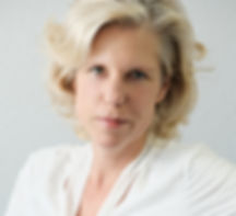 Birte Kipke organisier für ihre Kunden das Privajetcharter und komplette Flugzeugcharter