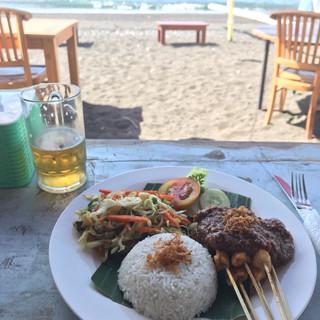 Oceanview Lunch in Bali