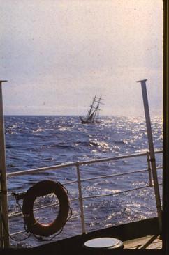 12._Мертвая зыбь на подходе к Бермудским островам